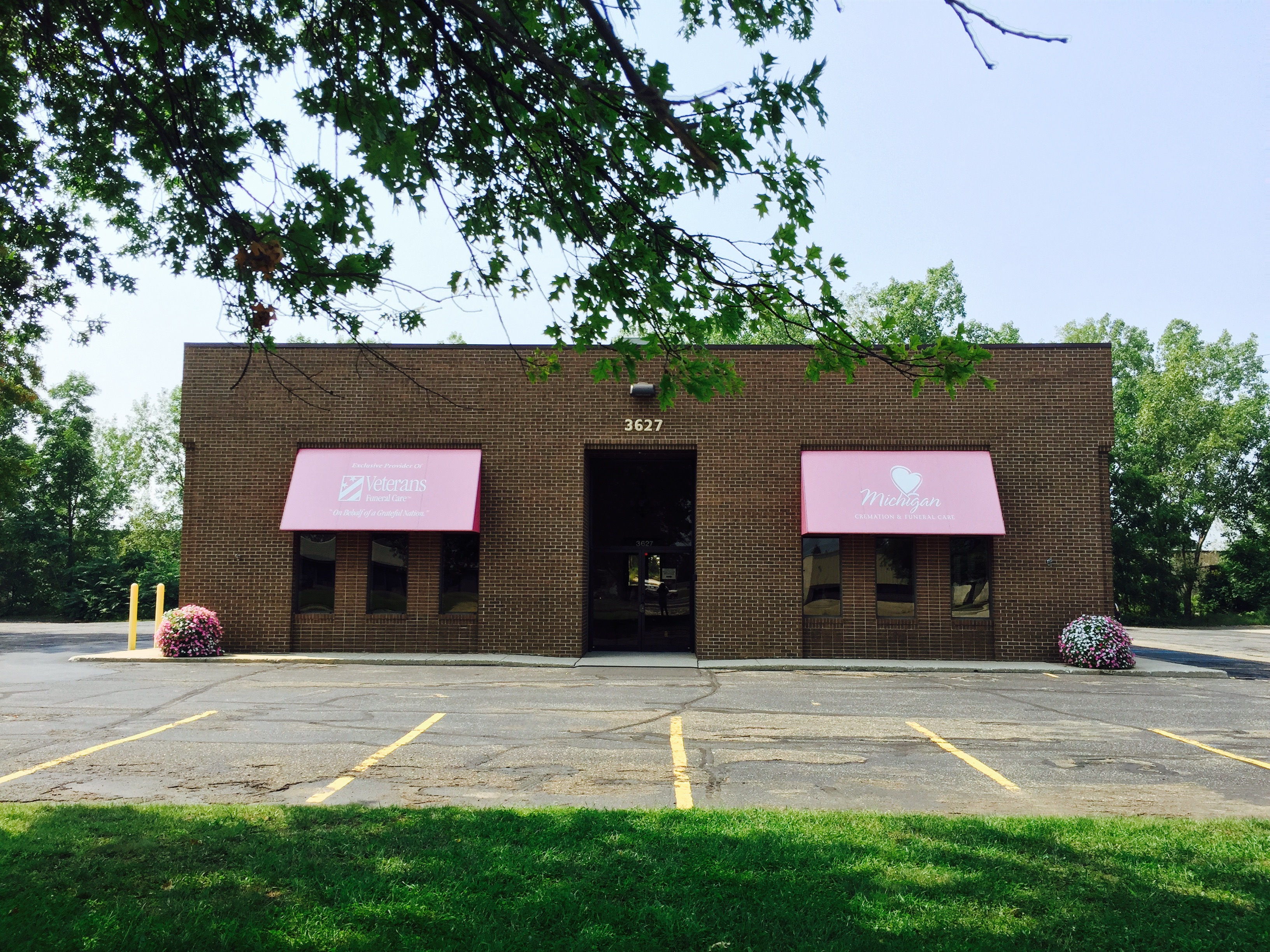 Michigan Cremation & Funeral Care building in Grand Rapids, MI