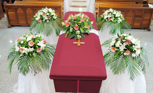 funeral homes in Holland, MI